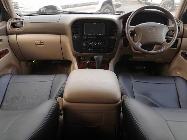 内装綺麗車両 | トヨタ ランドクルーザー100 4.7 VXリミテッド 4WD