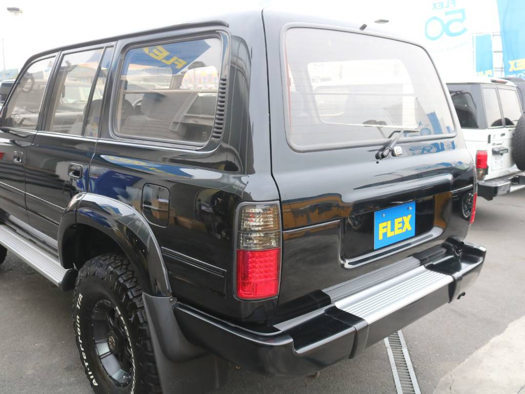 背面レス仕様でスッキリしてますね! | トヨタ ランドクルーザー80 4.2 VXリミテッド ディーゼルターボ 4WD