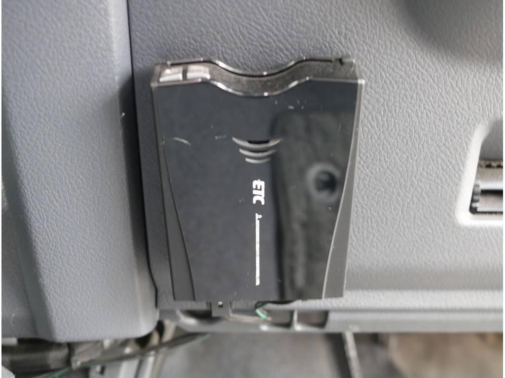 絵になる車輛です♪ | トヨタ ランドクルーザー70 4.0 4WD