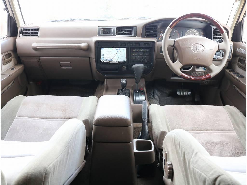 内装ベージュでレトロ感満載!! | トヨタ ランドクルーザー80 4.2 VXリミテッド ディーゼルターボ 4WD