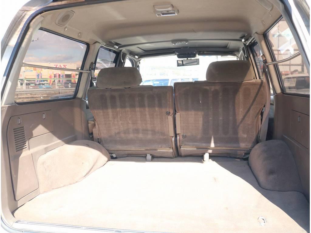 荷室も広々です! | トヨタ ランドクルーザー80 4.2 VXリミテッド ディーゼルターボ 4WD