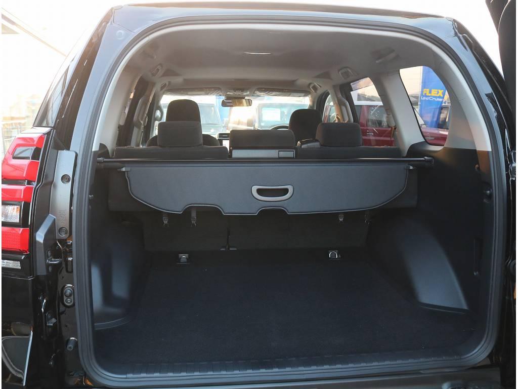 ラゲッジルームも広々お荷物もいっぱい積めちゃいます!! | トヨタ ランドクルーザープラド 2.8 TX ディーゼルターボ 4WD