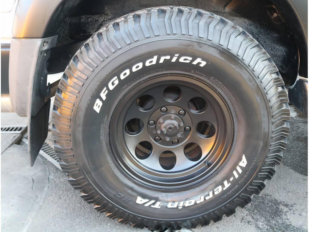 社外ホイール&BFGタイヤがついております!! | トヨタ ランドクルーザー80 4.2 VX ディーゼル 4WD