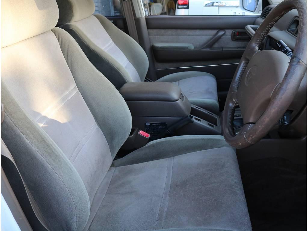 内装は希少なベージュになっております!! | トヨタ ランドクルーザー80 4.2 VX ディーゼル 4WD