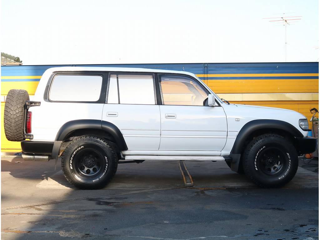 各部ブラックに塗っておりオシャレに仕上がっております!! | トヨタ ランドクルーザー80 4.2 VX ディーゼル 4WD