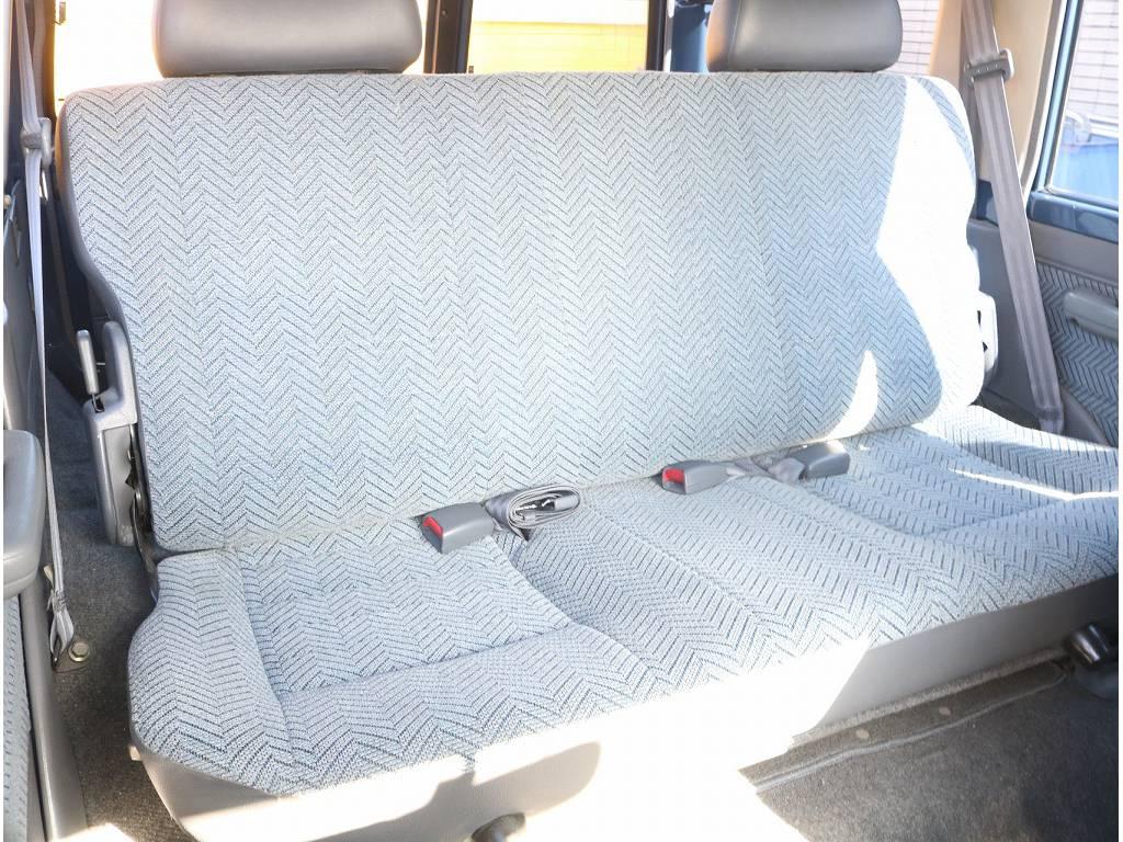 シートカバーなどのカスタム承ります!   トヨタ ランドクルーザー70 4.2 LX ディーゼル 4WD