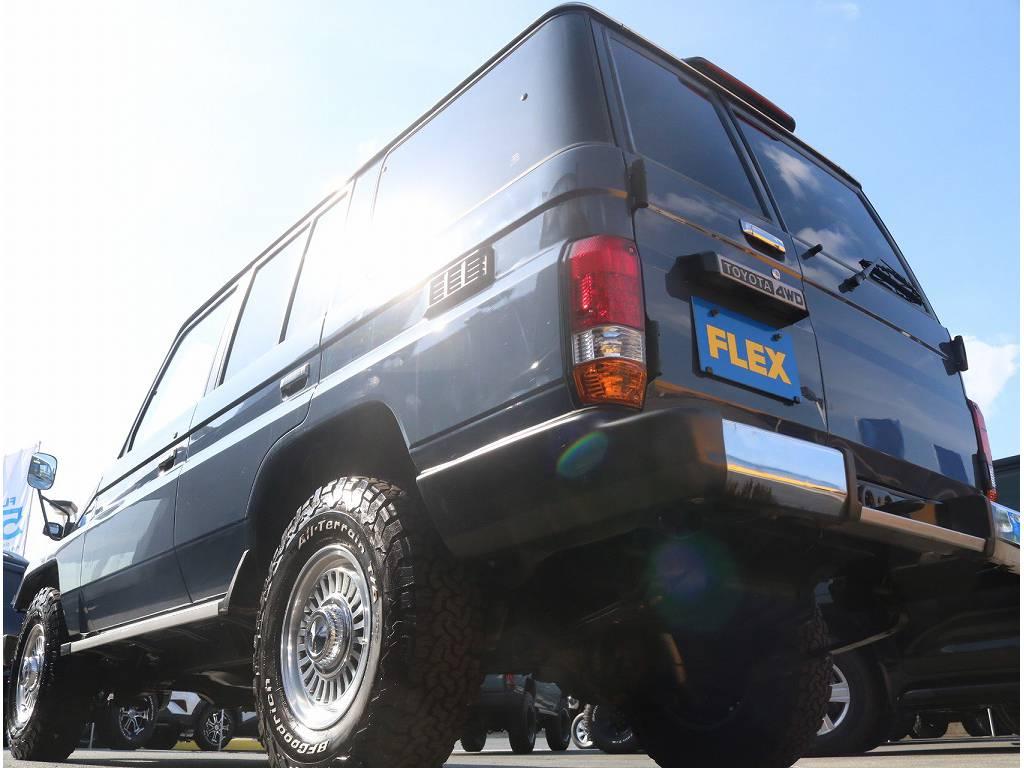 新品テールランプがついております!   トヨタ ランドクルーザー70 4.2 LX ディーゼル 4WD