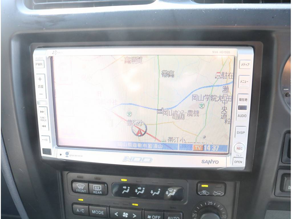 社外ナビゲーション装着済です♪ | トヨタ ランドクルーザープラド 3.0 TX ディーゼルターボ 4WD