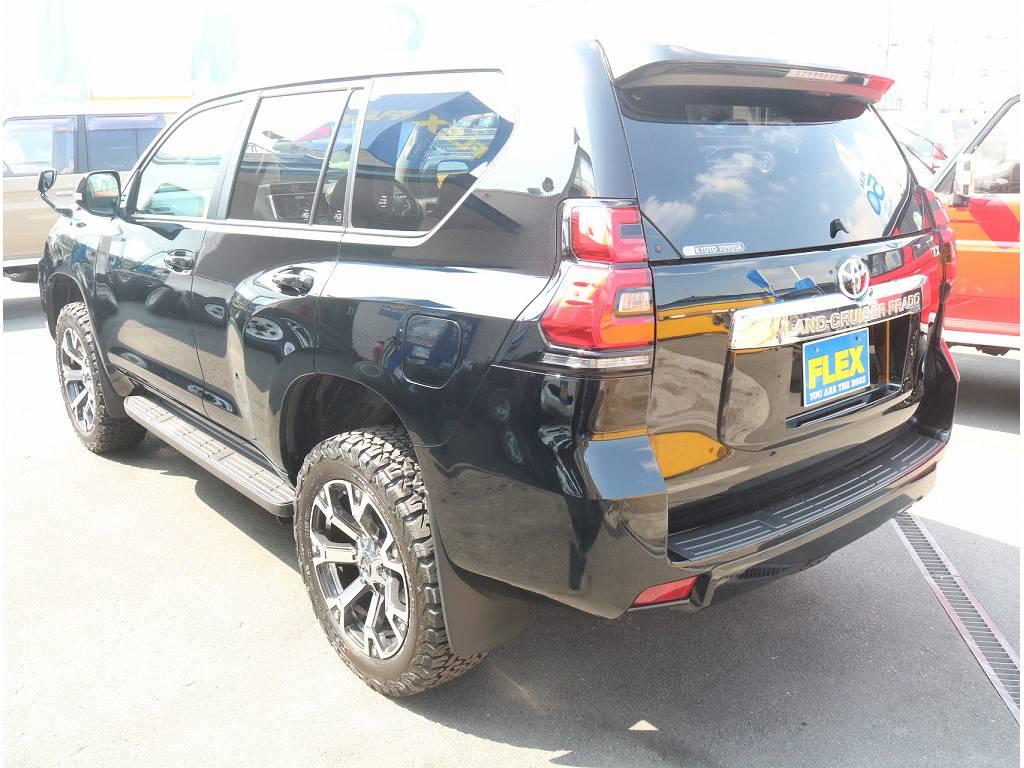 即納可能なカスタム済み車両になっております!!   トヨタ ランドクルーザープラド 2.8 TX ディーゼルターボ 4WD