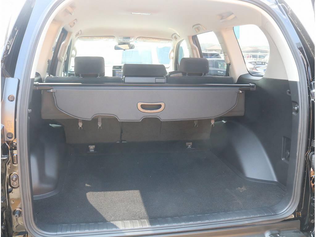 ラゲッジルームも広くお荷物もいっぱい収納可能です!! | トヨタ ランドクルーザープラド 2.8 TX ディーゼルターボ 4WD