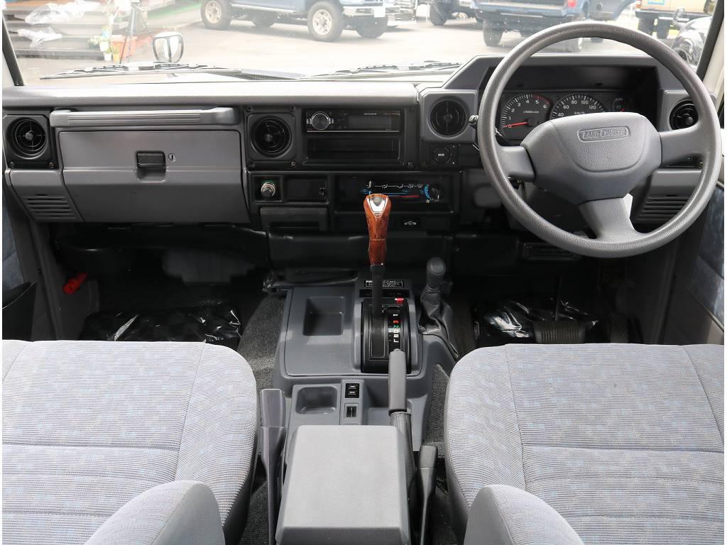 皆さま待望のランクル76入庫致しました!! | トヨタ ランドクルーザー70 4.2 LX ディーゼル 4WD