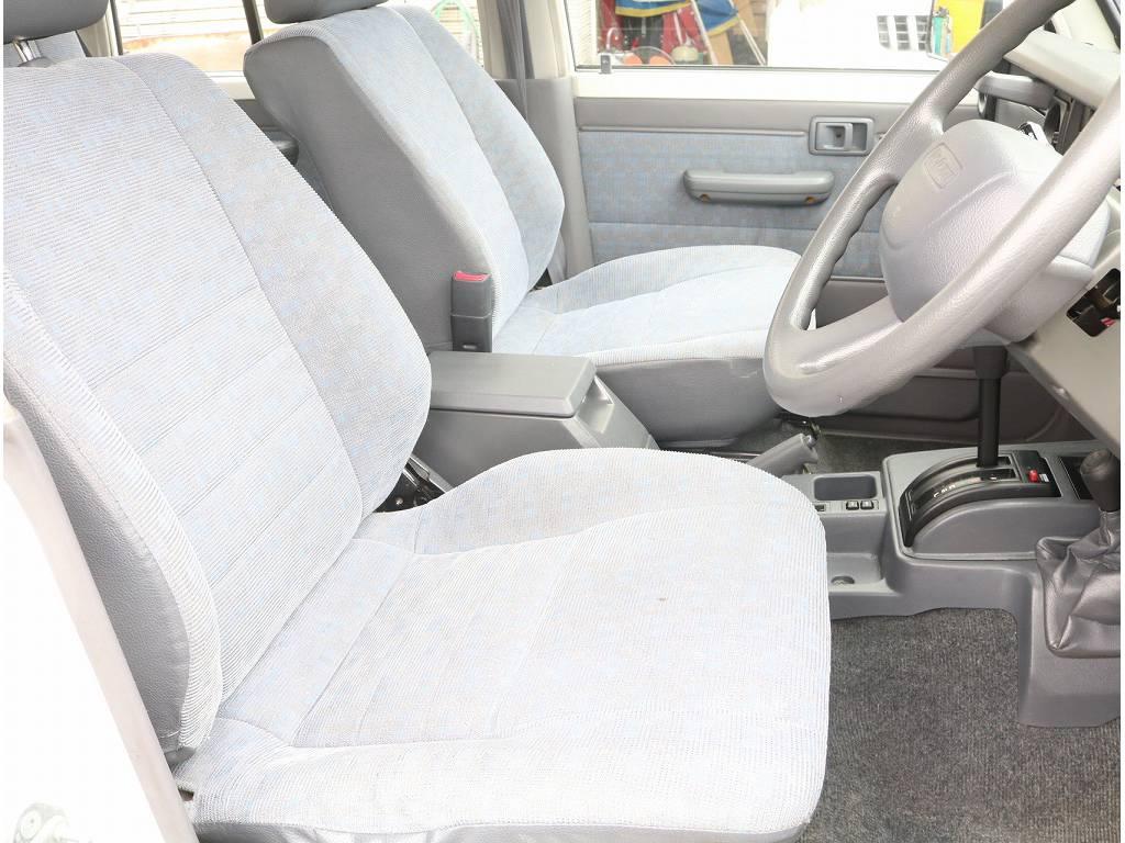 内装も非常に綺麗です!! | トヨタ ランドクルーザー70 4.2 LX ディーゼル 4WD