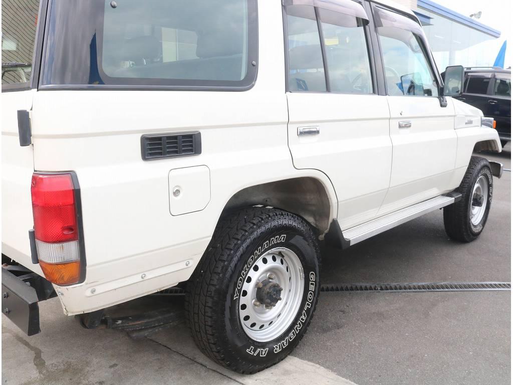 リフトUPなどのカスタムも承ります!! | トヨタ ランドクルーザー70 4.2 LX ディーゼル 4WD