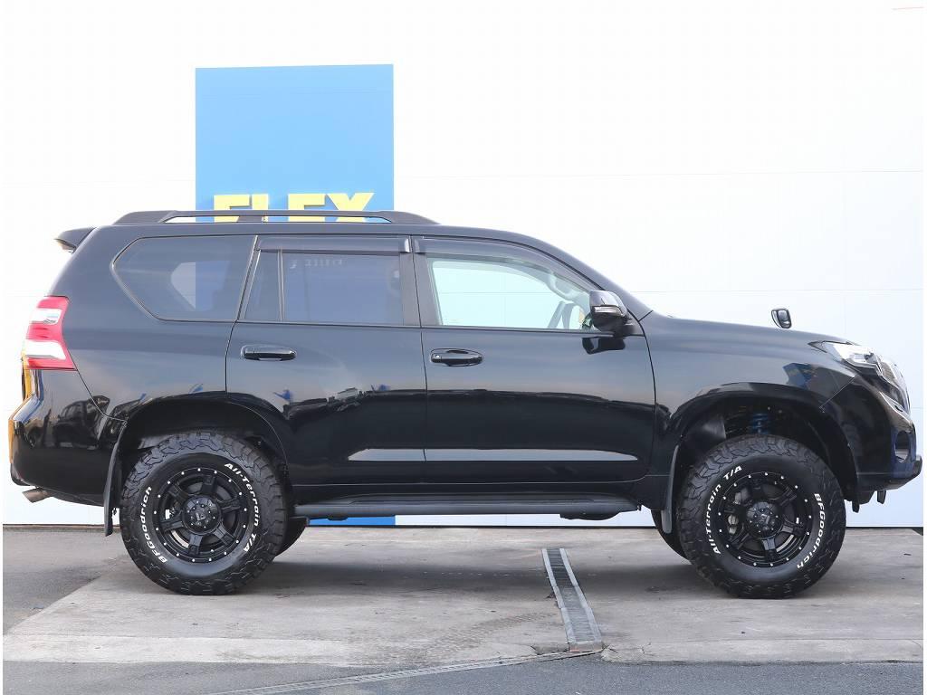 サイドビュー | トヨタ ランドクルーザープラド 2.7 TX 4WD