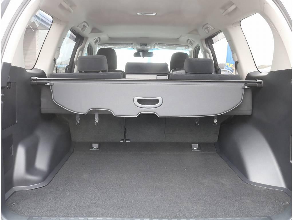 ラゲッジルームも広々お荷物もいっぱい積めちゃいます!! | トヨタ ランドクルーザープラド 2.8 TX ディーゼルターボ 4WD 5人