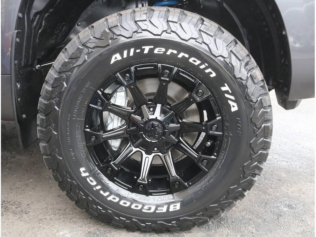 新品クリムソン17インチ、新品BFグッドリッチKO2オールテレンタイヤがついております!! | トヨタ ランドクルーザープラド 2.8 TX ディーゼルターボ 4WD 5人