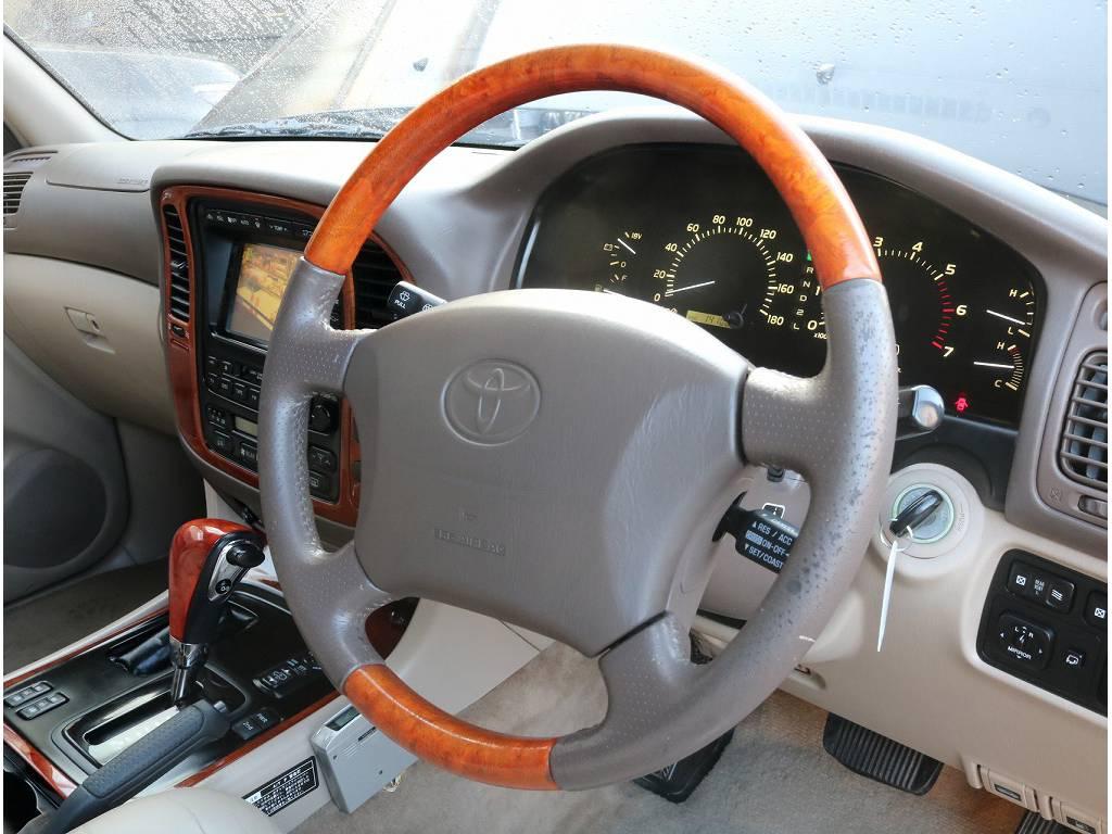 社外ウッドハンドル装着済です! | トヨタ ランドクルーザーシグナス