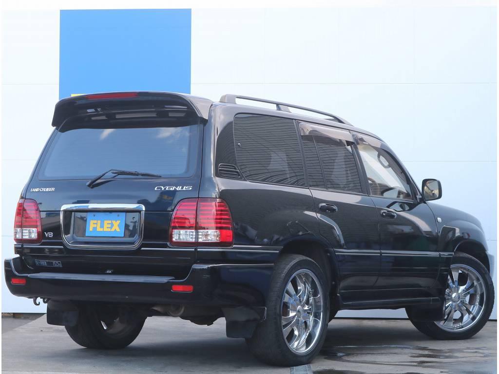 外装のブラックもツヤが残っており、良い状態を保ってくれております。 | トヨタ ランドクルーザーシグナス