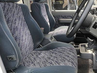 運転席助手席シートのコンディションも良好です!末永くお乗り頂ける車輛となっております。