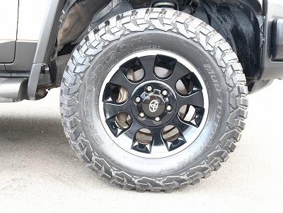 BFG MTタイヤ装備されております。黒い文字もかっこいいです!