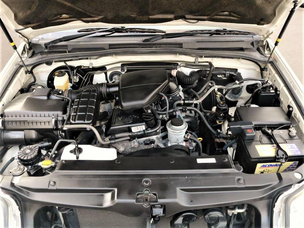 2.7Lタイミングチェーンエンジンです。オイル漏れ等も無く心強い味方になってくれます!