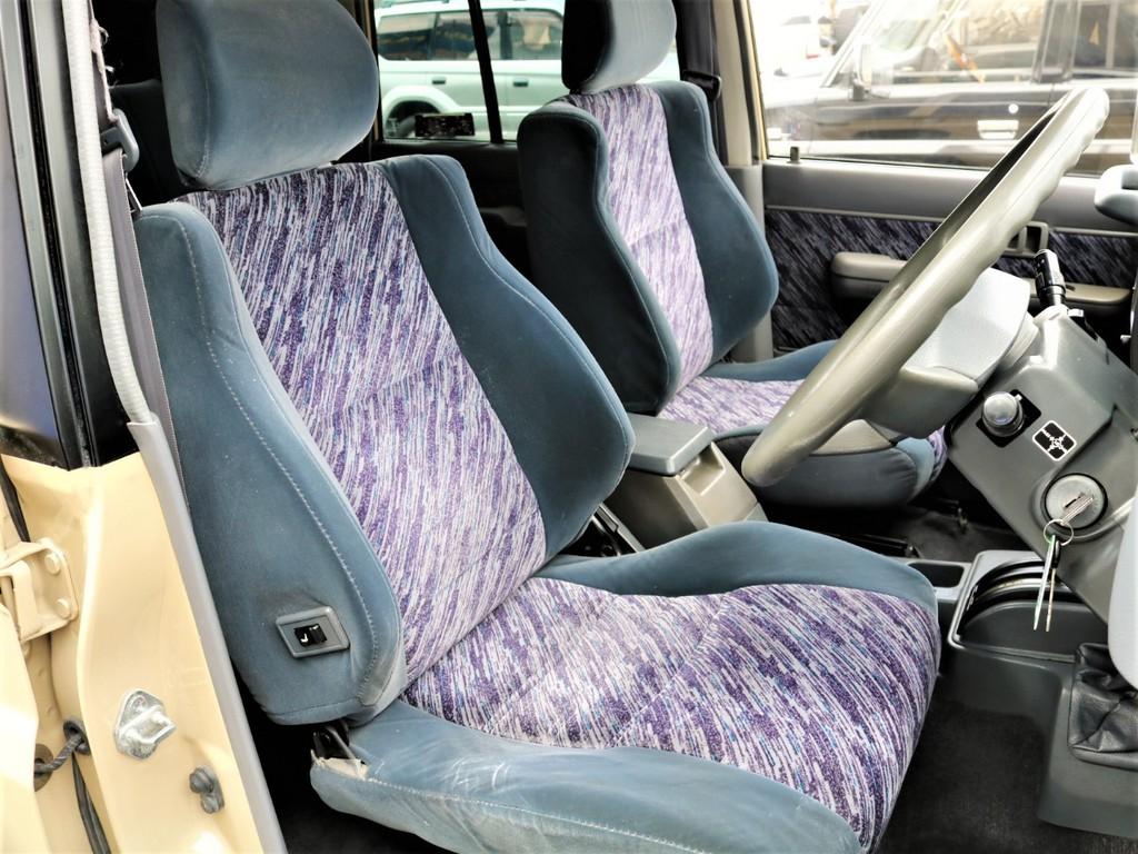 シート状態も良い状態です!ブラックシートカバーなどのアレンジメントをする事が可能です!
