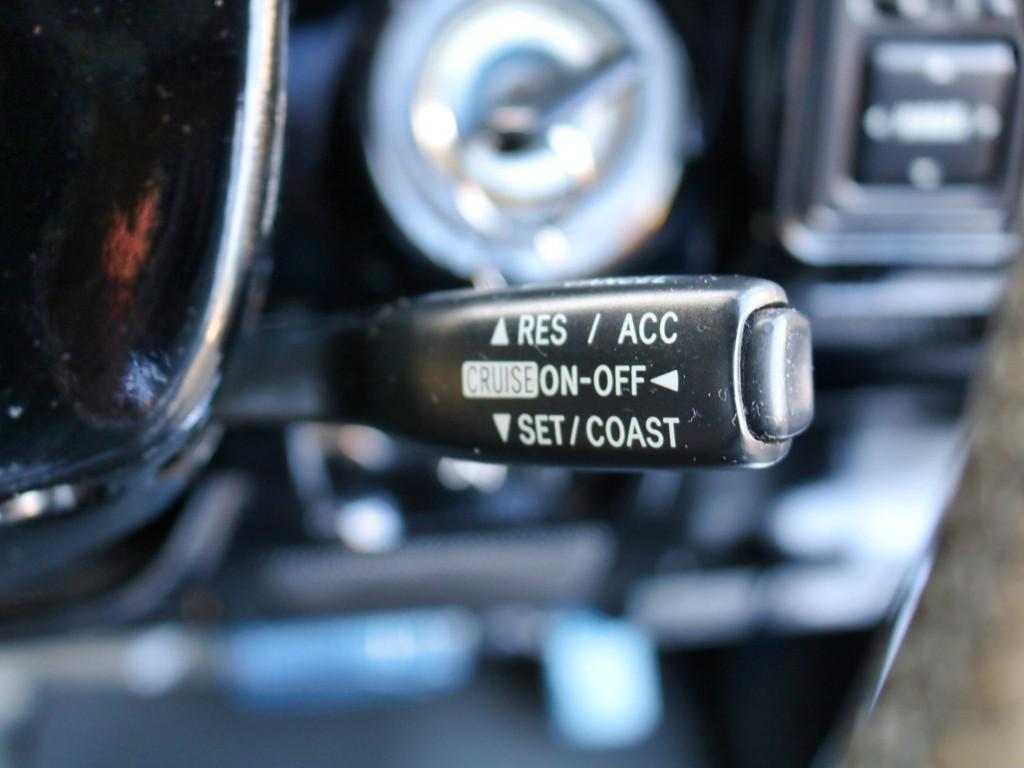 クルーズコントロール完備しております!長距離ドライブなど一度使うと便利です!