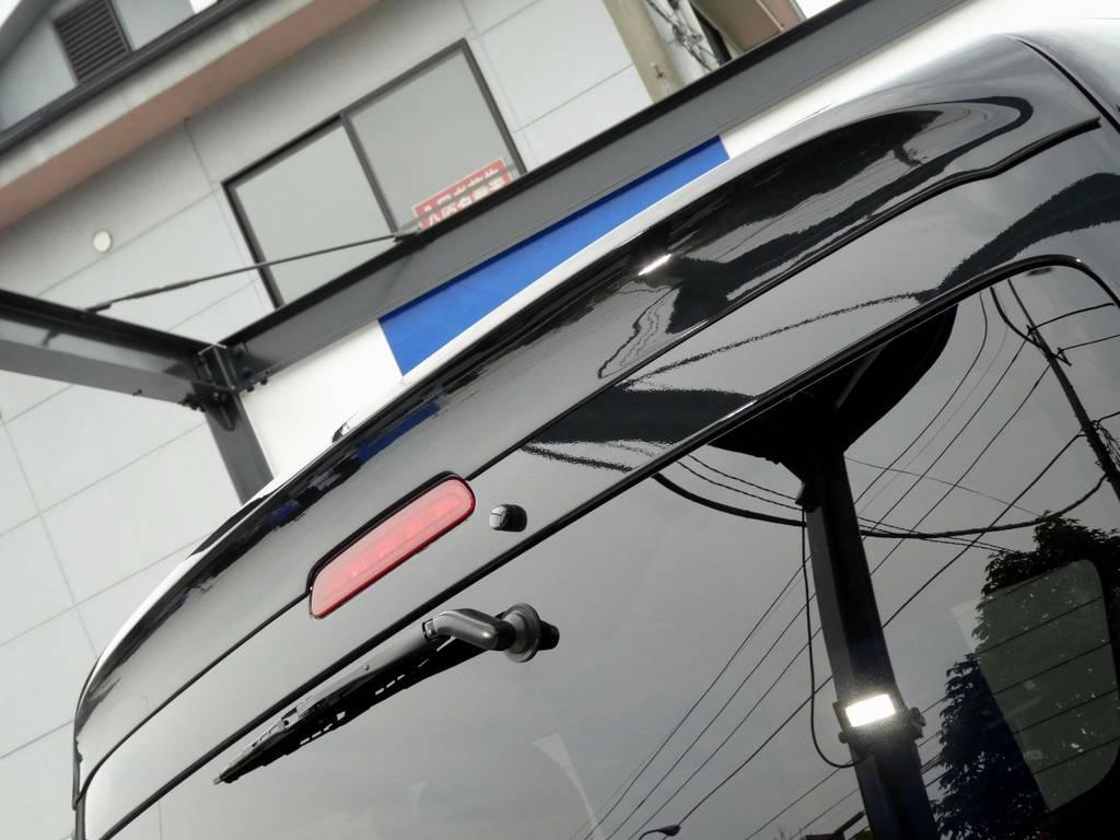 レガンスルーフスポイラー配備!! | トヨタ ハイエース 2.7 GL ロング ミドルルーフ