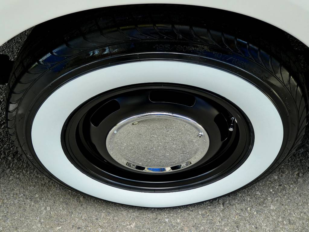 ラグテック ネオムーン2 15インチアルミ ホワイトリボンタイヤをセット!! | トヨタ ハイエース 2.7 GL ロング ミドルルーフ 4WD コーストライン