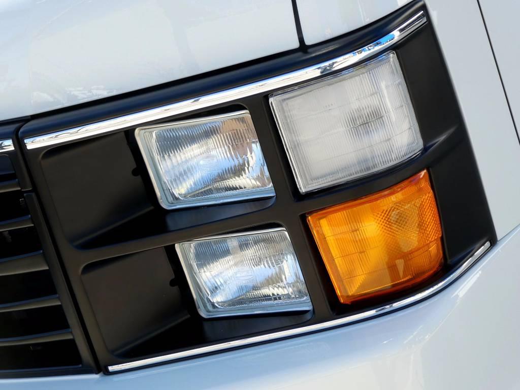 ハイ、ロー、ポジション、ウィンカーと全て独立点灯いたします!! | トヨタ ハイエース 2.7 GL ロング ミドルルーフ 4WD コーストライン