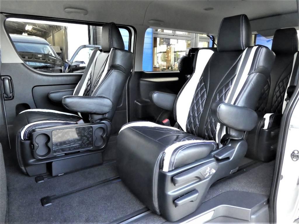アルファードに採用されているキャプテンシートを4脚配備されています!! | トヨタ ハイエース 2.7 GL ロング ミドルルーフ 4WD ファインテックツアラー