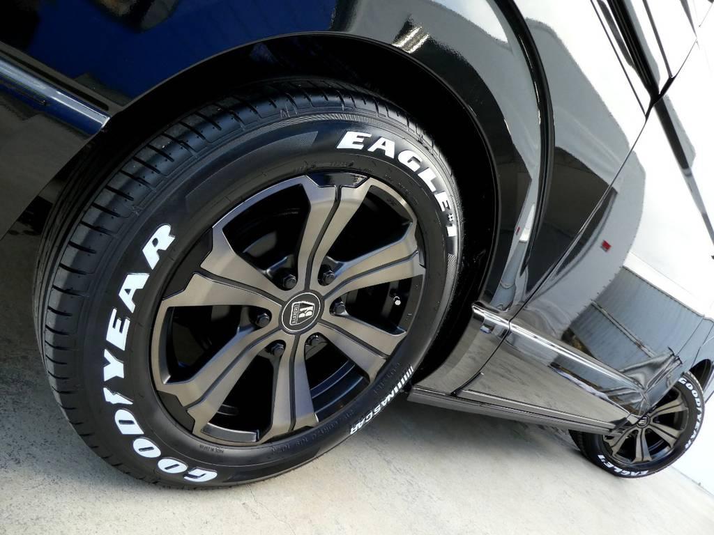 サイドラインを美しく彩るバルベロ アーバングランデ17インチをインストール!! | トヨタ ハイエース 2.7 GL ロング ミドルルーフ 4WD ファインテックツアラー