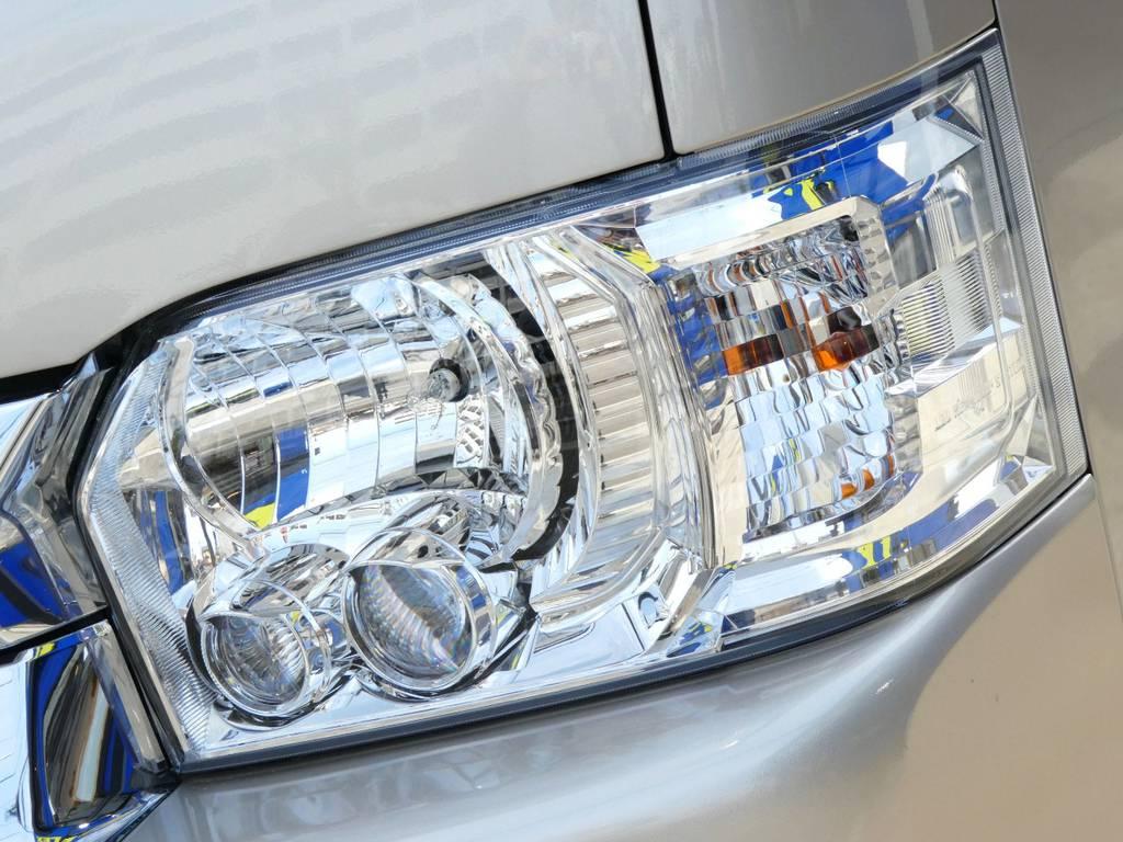 LEDヘッドライト配備!! | トヨタ ハイエース 2.7 グランドキャビン 4WD トリプルナビカスタム