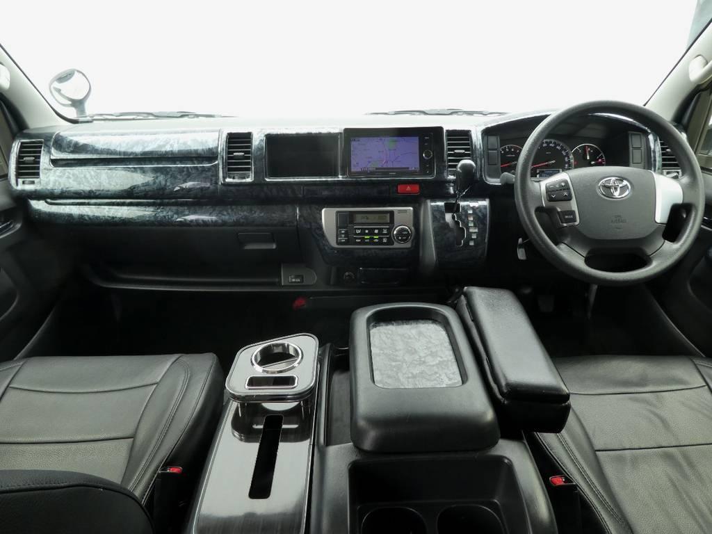 インテリアのカスタムも満載ですよ☆彡   トヨタ ハイエース 2.7 GL ロング ミドルルーフ VER2