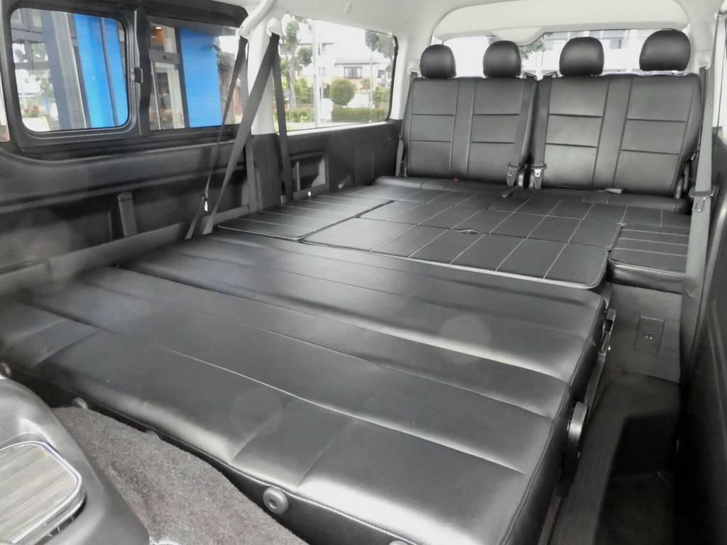 奥行き約2m60センチのフルフラットベットとしてご利用いただけます!!   トヨタ ハイエース 2.7 GL ロング ミドルルーフ VER2