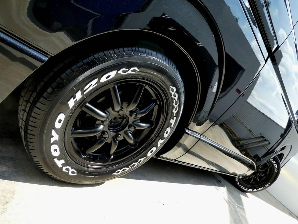 サイドラインを力強く彩るアルミフェイス!! | トヨタ レジアスエース 3.0 スーパーGL ロングボディ ディーゼルターボ