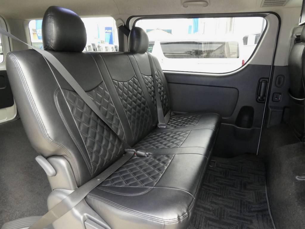 シートベルト配備で後席のかたも安心ですね!! | トヨタ ハイエースバン 2.0 スーパーGL ロング ツインナビカスタム
