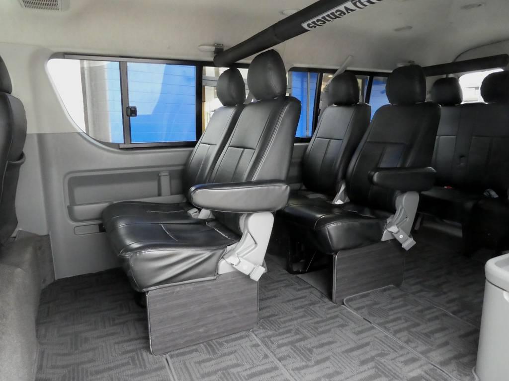 後席も当然!専用シートカバー配備でお手入れラクラクですよ!! | トヨタ ハイエース 2.7 GL ロング ミドルルーフ