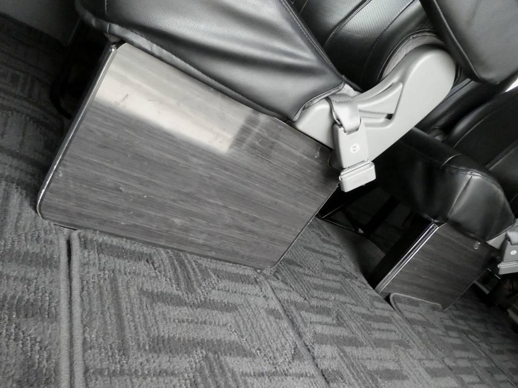 黒木目フットパネルが上質なインテリアを演出!! | トヨタ ハイエース 2.7 GL ロング ミドルルーフ
