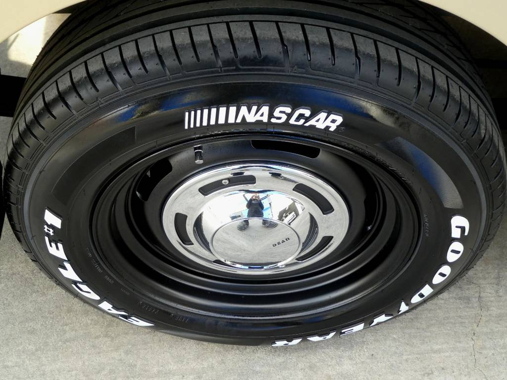 ディーンクロスカントリー16インチアルミ ナスカーホワイトレタータイヤをセット!! | トヨタ ハイエース 2.7 GL ロング ミドルルーフ Coast Lines Newペイント