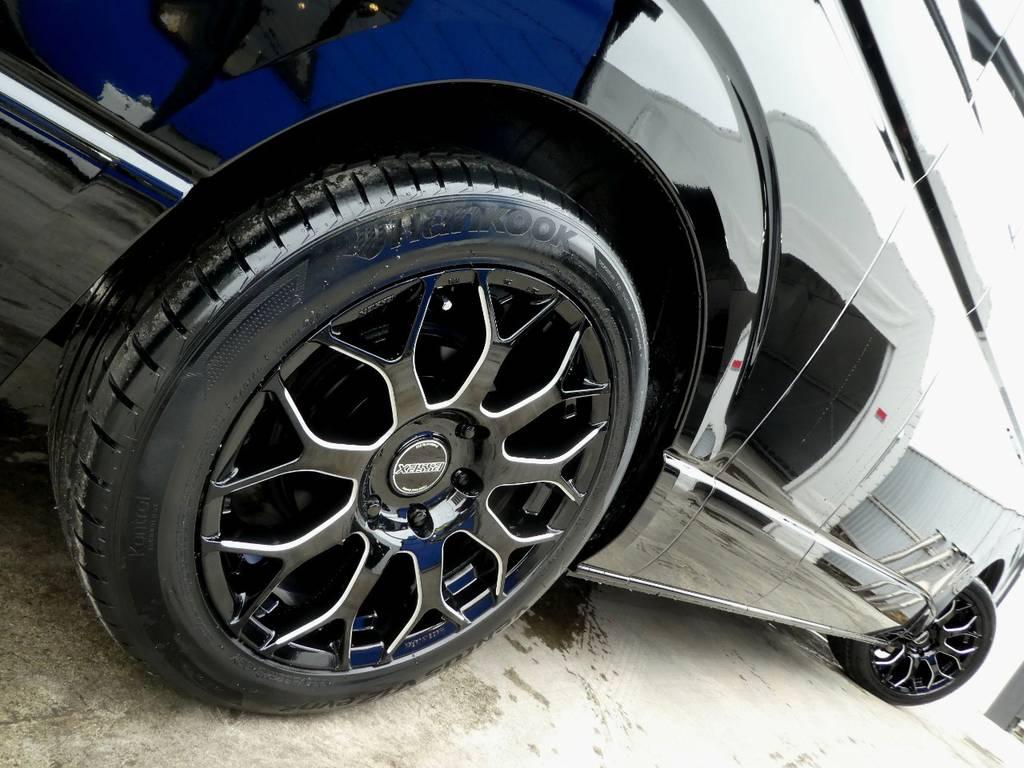 サイドラインを美しく彩るアルミフェイス!! | トヨタ ハイエース 2.7 グランドキャビン 4WD トリプルナビカスタム