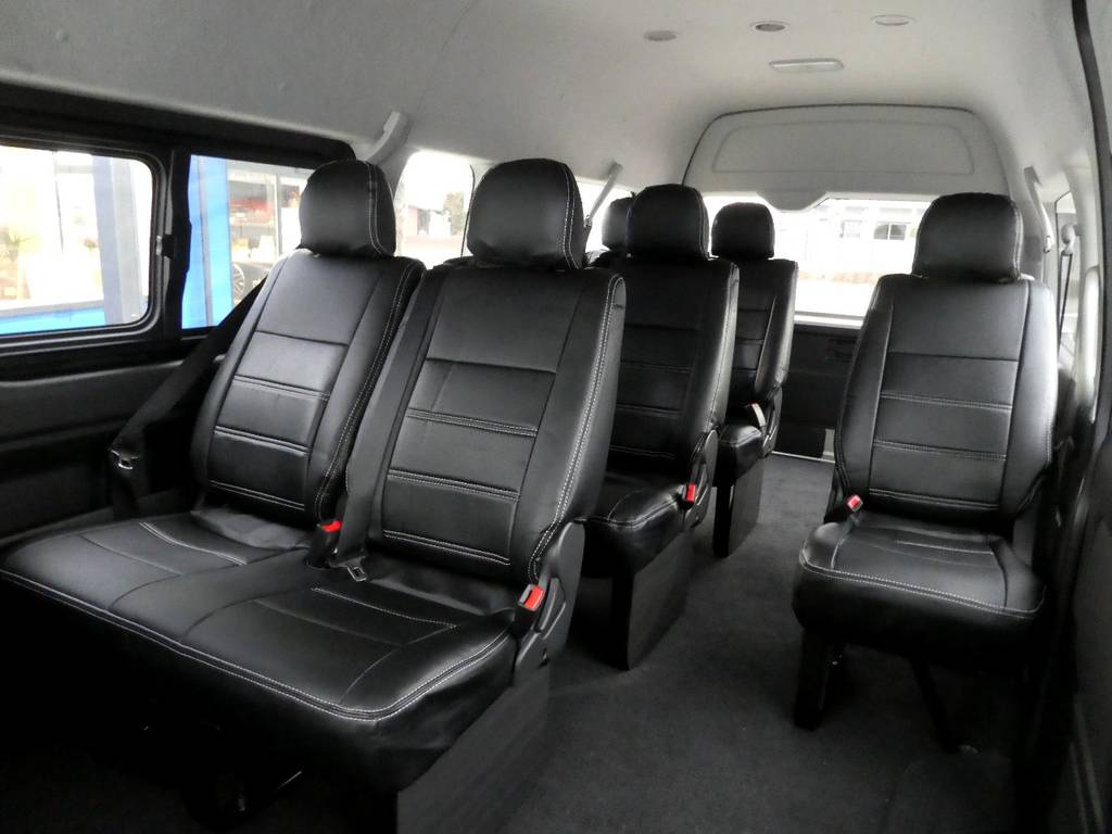 ウォークスルーで乗り降りもラクラクです!! | トヨタ ハイエース 2.7 グランドキャビン 4WD トリプルナビカスタム
