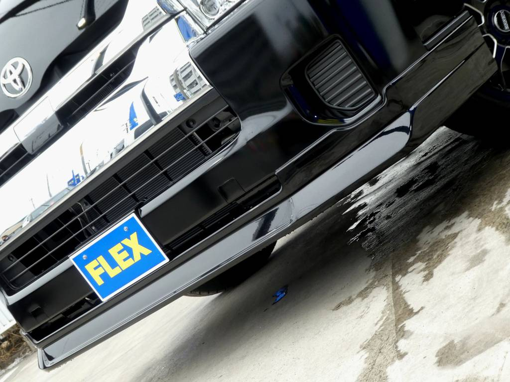 Delfino Lineスポイラーがフロントフェイスを引き締めます!! | トヨタ ハイエース 2.7 グランドキャビン 4WD トリプルナビカスタム