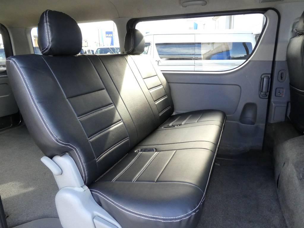 後席も当然!専用シートカバーを配備!! | トヨタ レジアスエース 3.0 スーパーGL ロングボディ ディーゼルターボ 4WD