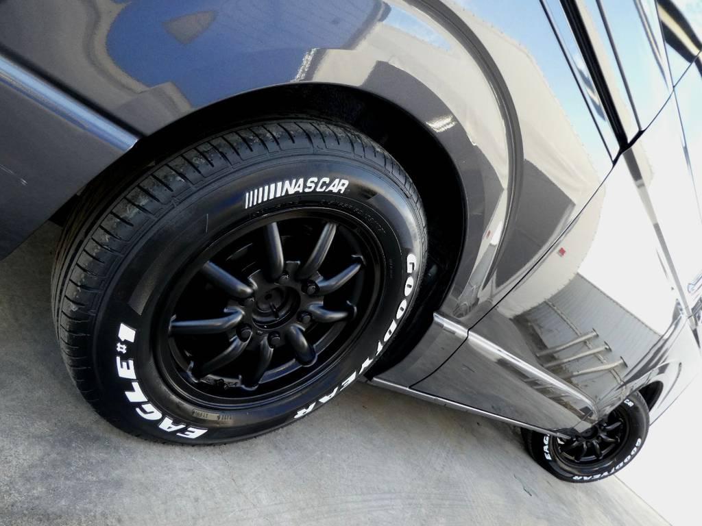 サイドラインを力強く彩るアルミフェイス!! | トヨタ レジアスエース 3.0 スーパーGL ロングボディ ディーゼルターボ 4WD