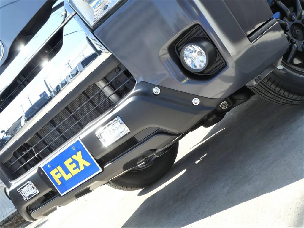 トライスターズバンパーガードがフロントフェイスを引き締めます!! | トヨタ レジアスエース 3.0 スーパーGL ダークプライム ロングボディ ディーゼルターボ 4WD 内外装フルカスタム