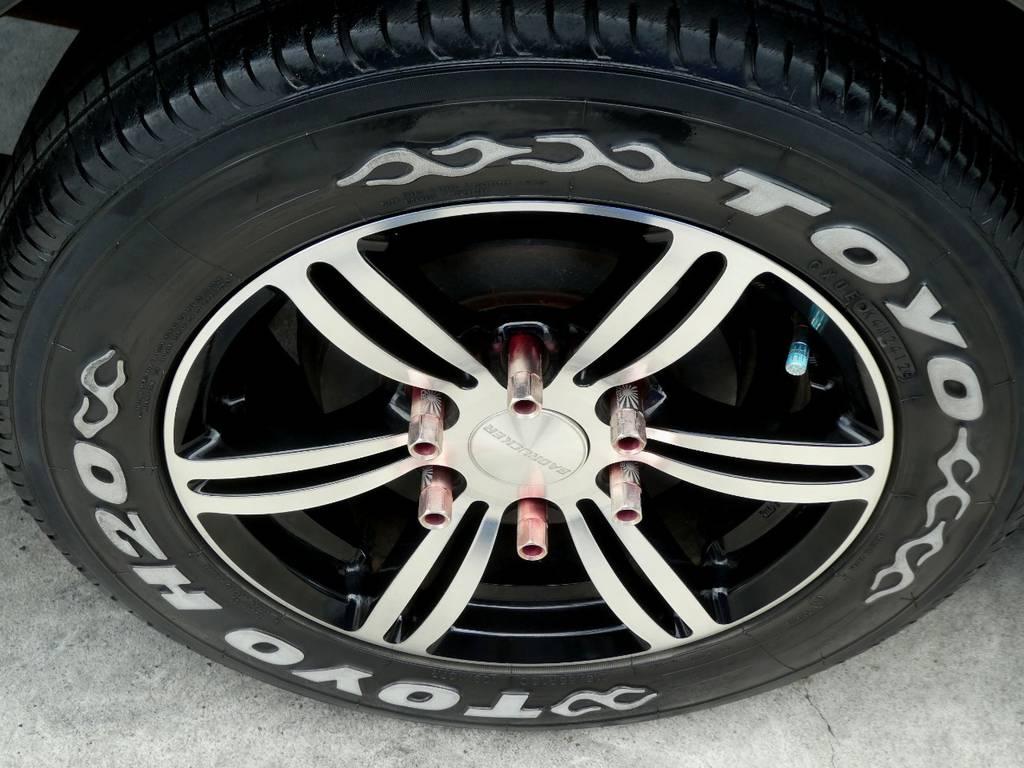 415COBRAバッドラッカー16インチアルミ レーシングナット トーヨーH20ホワイトレタータイヤ!! | トヨタ ハイエースバン 3.0 スーパーGL ロング ディーゼルターボ ベットカスタム