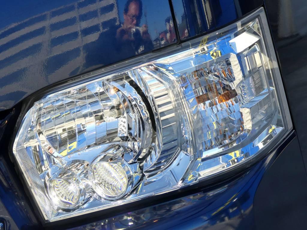 LEDヘッドライト装備!!