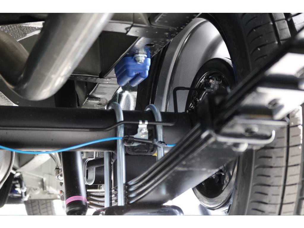 ローダウン車ですが、乗り心地は快適そのもの! | トヨタ ハイエース 2.7 GL ロング ミドルルーフ TSS付