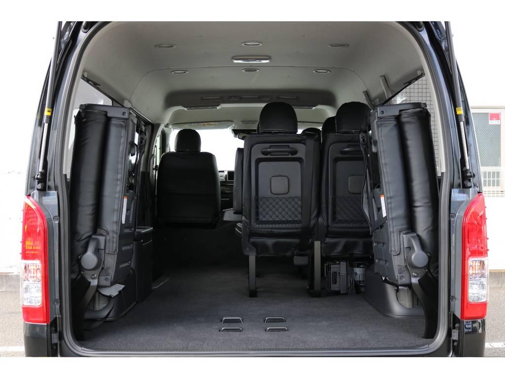 実用性たっぷりの純正シート配列!お仕事とプライベート兼用車にされる方も多いですね♪ | トヨタ ハイエース 2.7 GL ロング ミドルルーフ TSS付